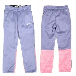 Nike Colorblock Back Detail Logo Pant - Girls 6